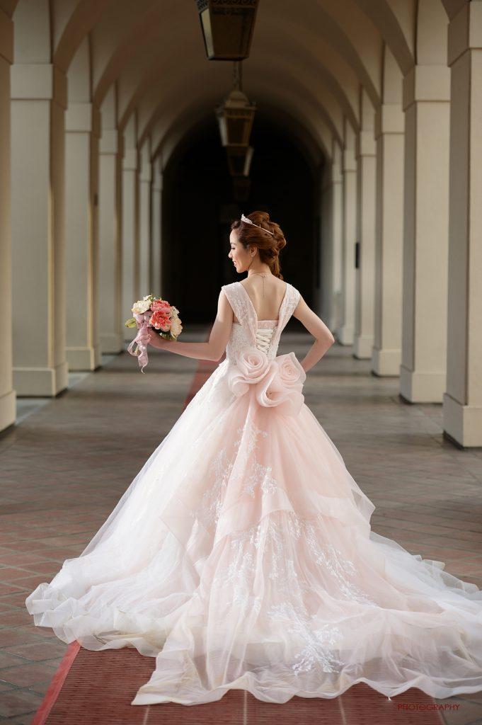 プリンセスラインドレス ピンク バックスタイル