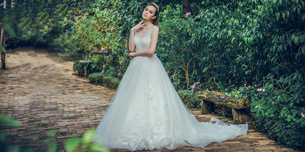 7e5b11006f1ad 身長別ドレスの選び方:小柄でぽっちゃりした花嫁に似あうウェデイング ...