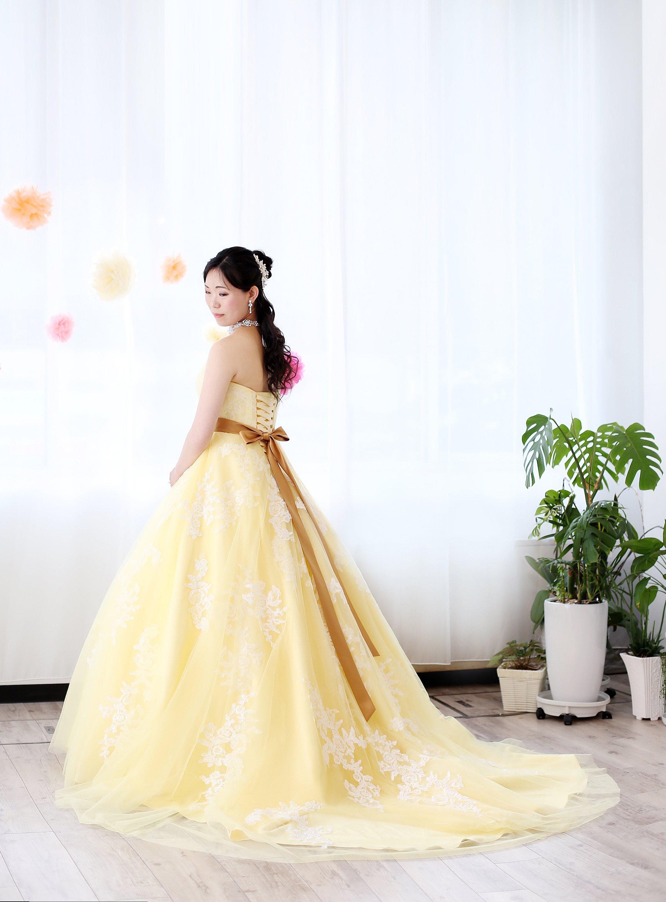黄色カラードレス シャンパン色サッシュベルト