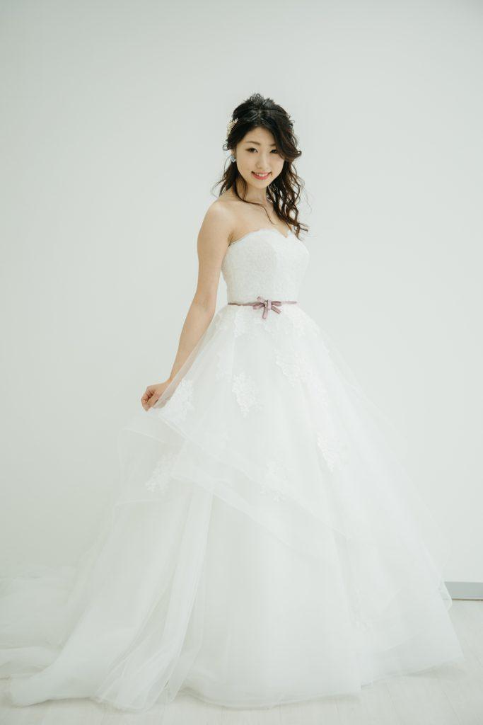 ウェディングドレス 細めのサッシュベルト