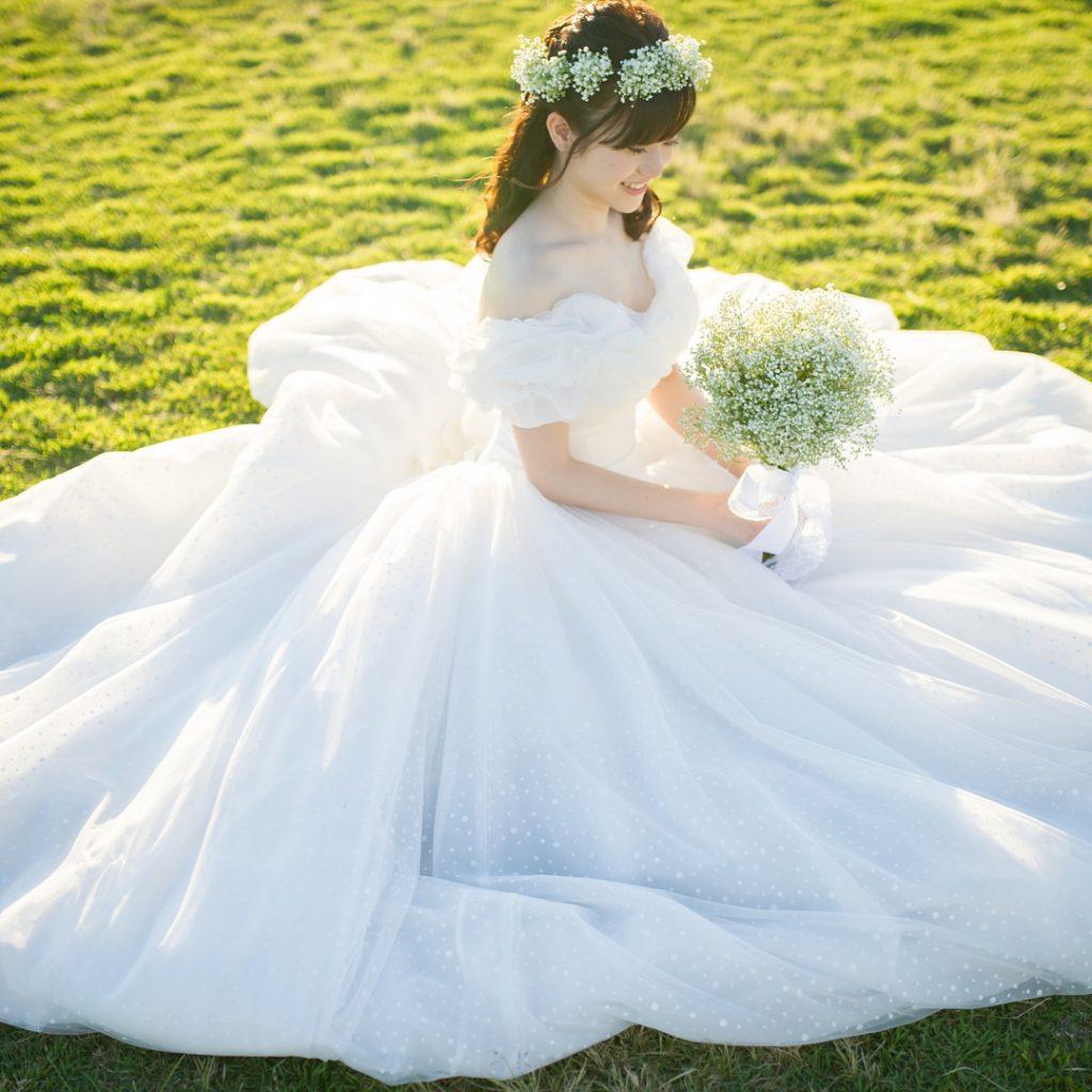 ソフトチュール オフショルダー ウェディングドレス ホワイトシンデレラ