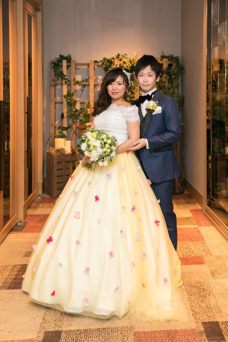 ウェディングドレス お花いっぱいオーバースカート