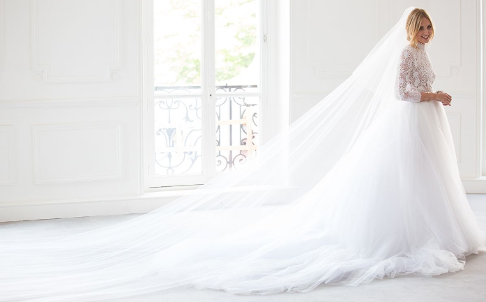 スーパークラシックなドレス