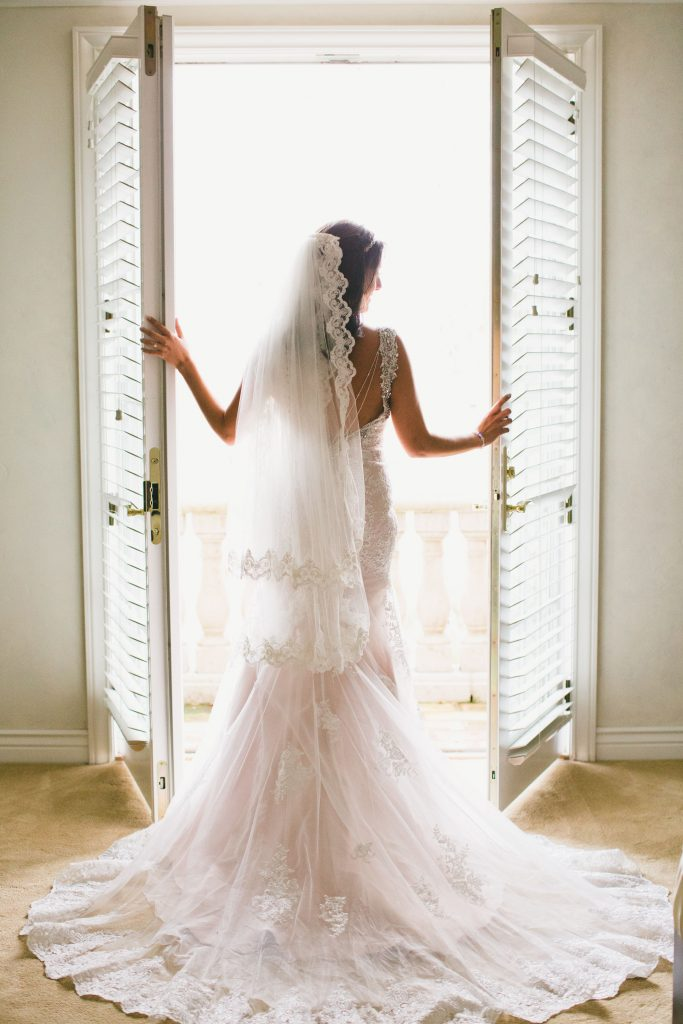 マーメイドラインウェディングドレス バックスタイル