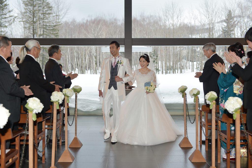 星野リゾートトマム 水の教会 結婚式
