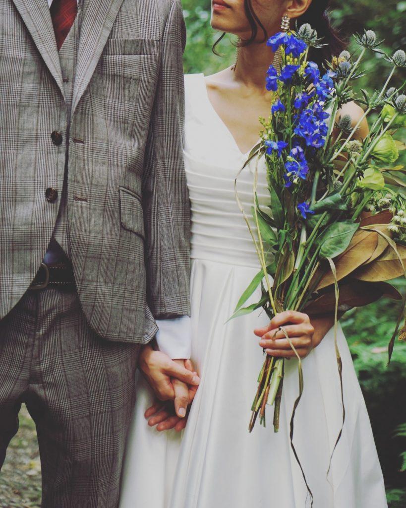 森の中での撮影 結婚式前撮り ミニウェディングドレス