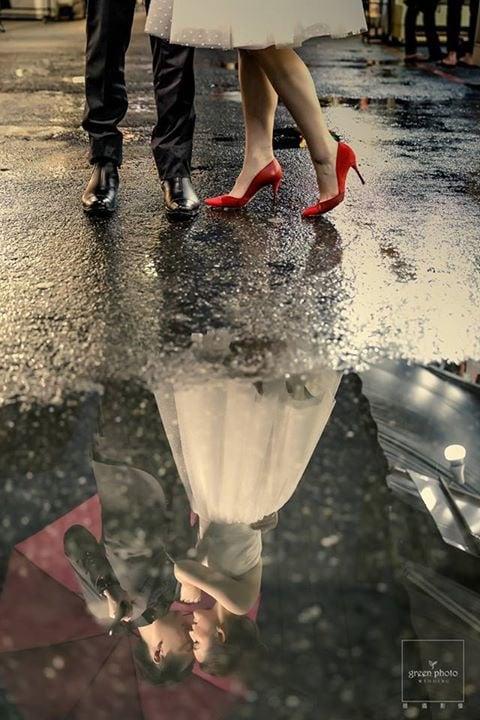 ミニウェディングドレス 赤いシューズ ヒール