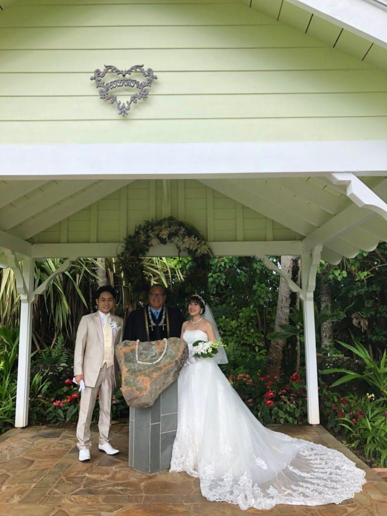 ハワイ挙式 チャペルウェディング ウェディングドレス