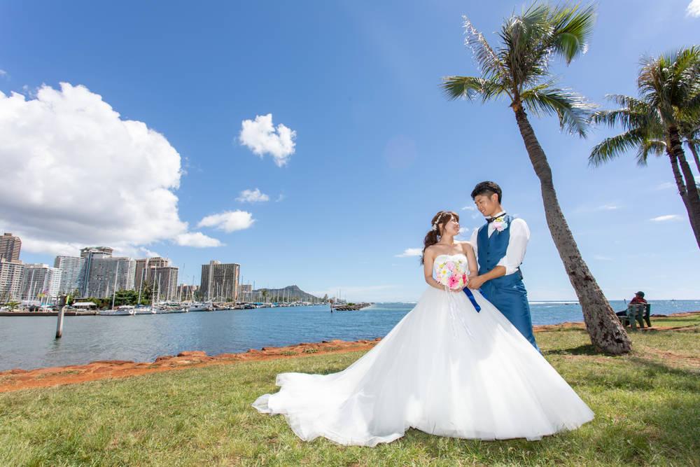 ハワイ挙式 結婚式 プリンセスラインドレス サッシュベルト