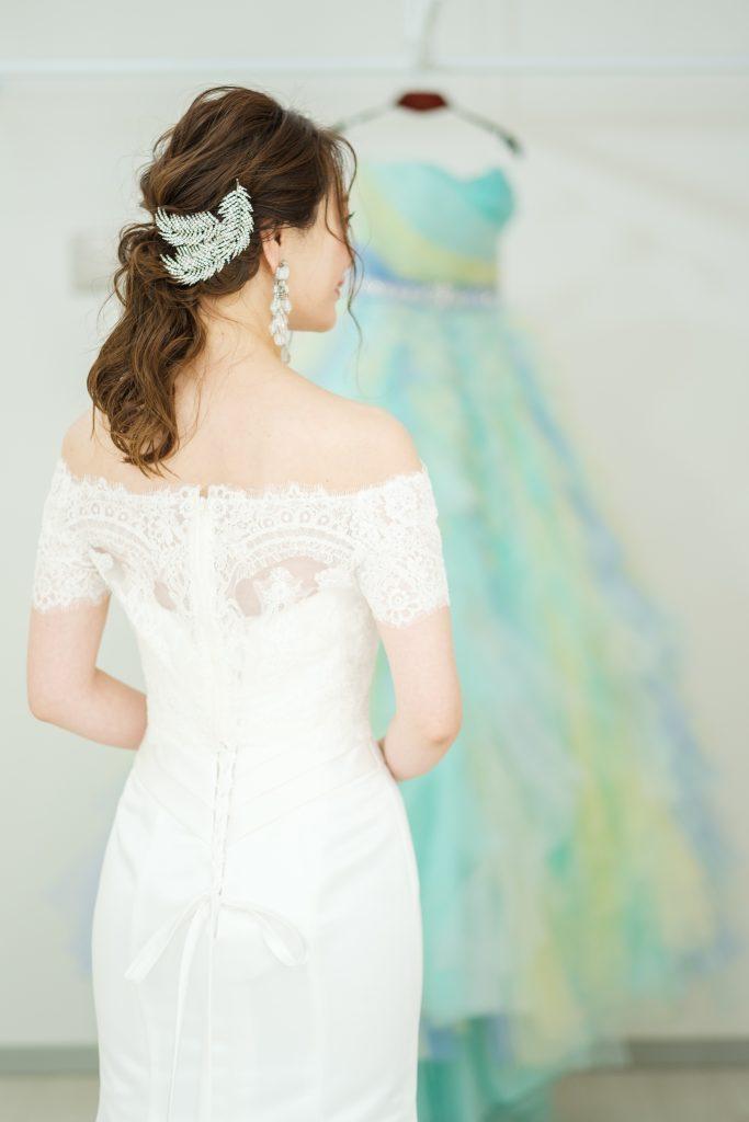 マーメイドドレス オフショルダーボレロ ヘアスタイル
