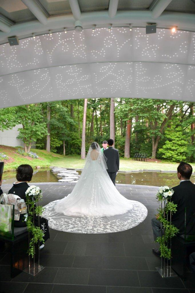 リゾナーレ八ヶ岳 結婚式 ウェディングドレス ロングトレーン