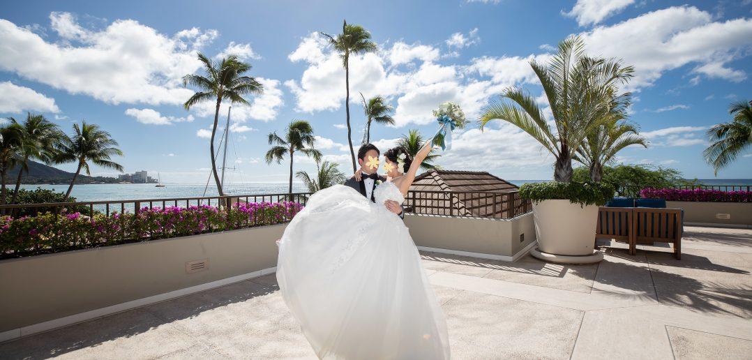 ハワイ ハウテラスウェディングアットハレクラニ 結婚式 ウェディングドレス