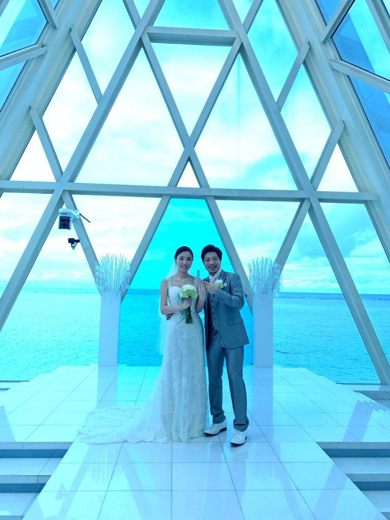 グアム挙式 ブルーアステール バックレスウェディングドレス