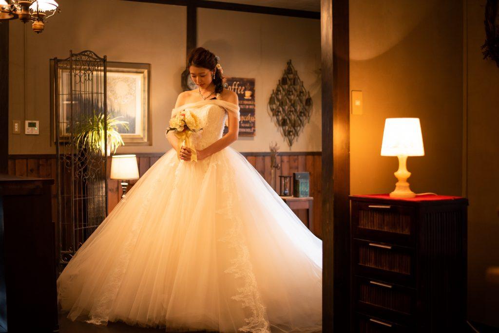 結婚式 前撮り アンティーク ウェディングドレス