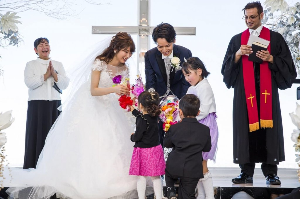 Restaurant LUKE with SKY LOUNGE  結婚式 ウェディングドレス 大人かわいい