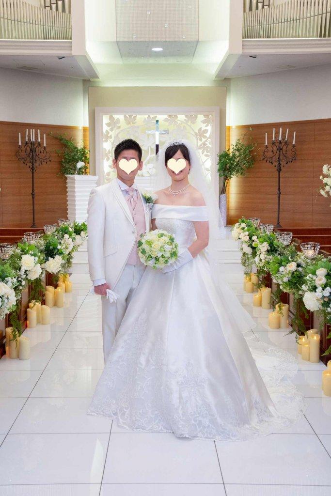 ベルクラシック東京 結婚式 チャペル オフショルダー サテンドレス