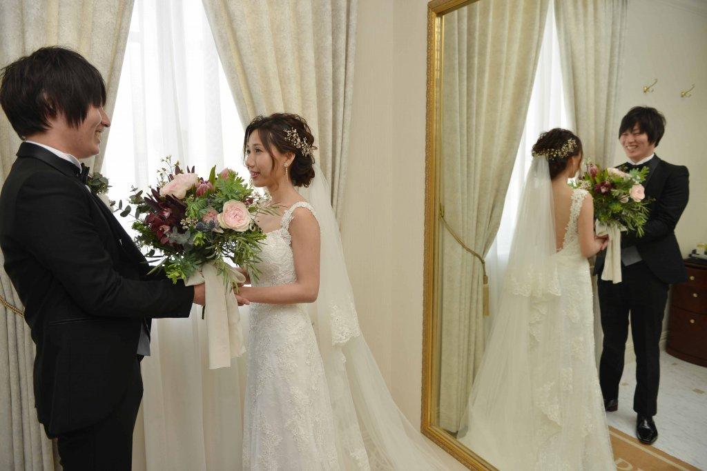 ベイサイド迎賓館松山 結婚式 バックレスウェディングドレス