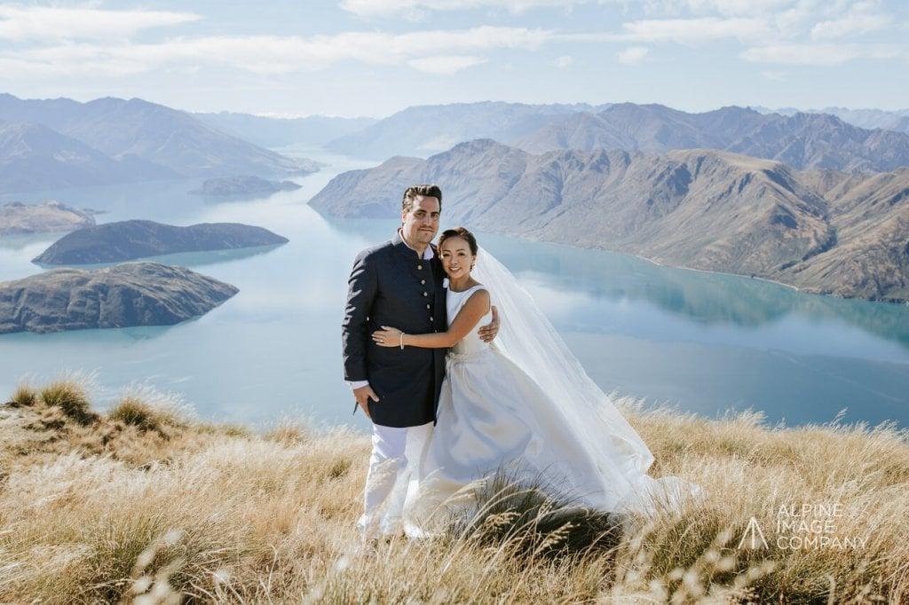 ワナカ・ニュージーランド 結婚式前撮り 国際結婚 サテンウェディングドレス