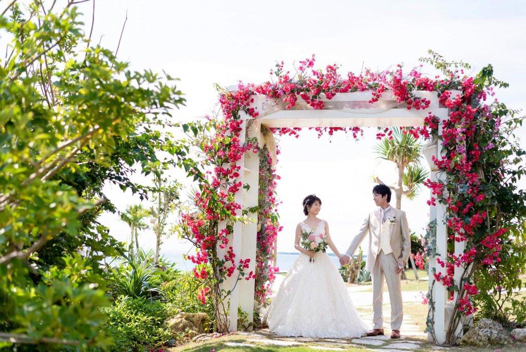 沖縄挙式 美らの教会 チャペル式 ウェディングドレス