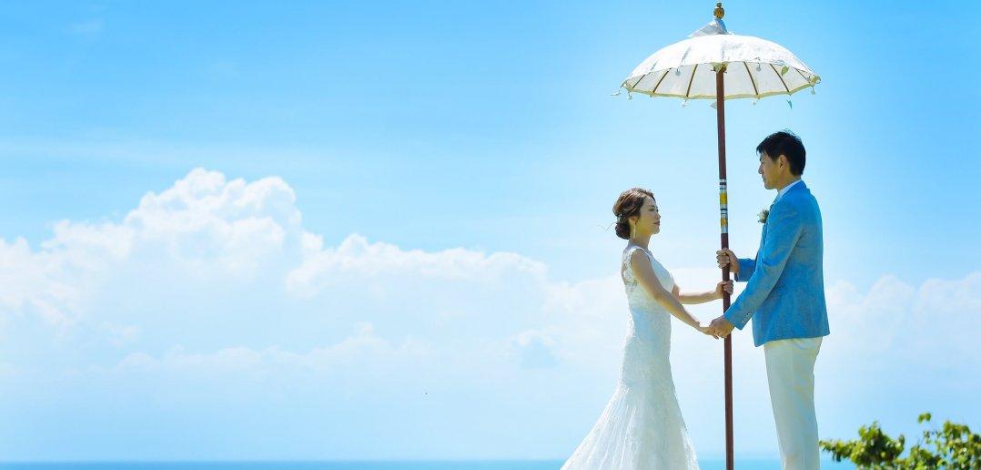 バリ島 結婚式 二人だけ ウェディングドレス