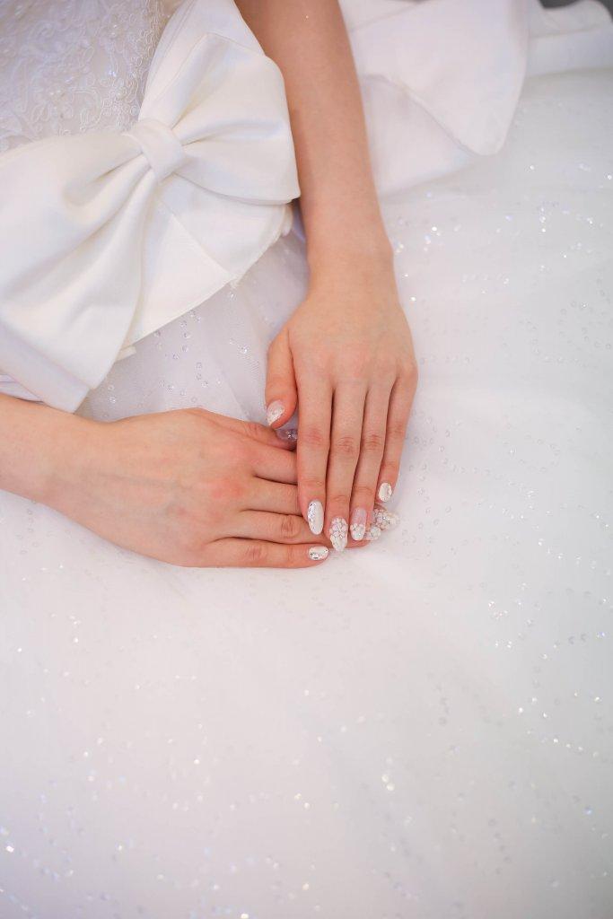 アールベルアンジェNagoya 結婚式 ウェディングドレス ネイル