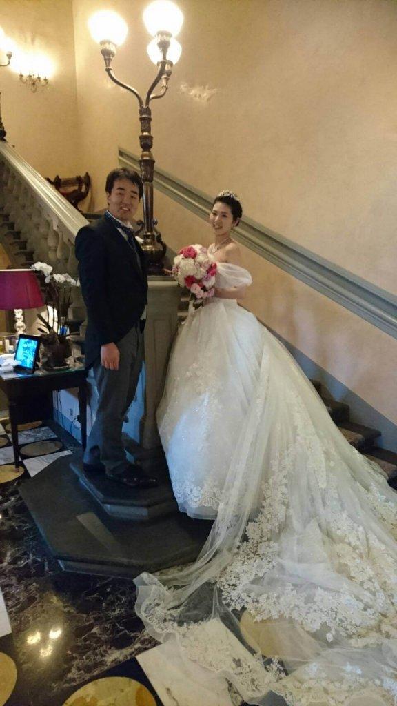 イタリアフィレンツェ ヴェッキオ宮殿 挙式 海外挙式 プリンセスラインウェディングドレス