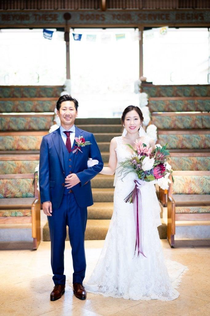 ハワイ キャルバリーバイザシー教会 結婚式 ウェディングドレス おしゃれ