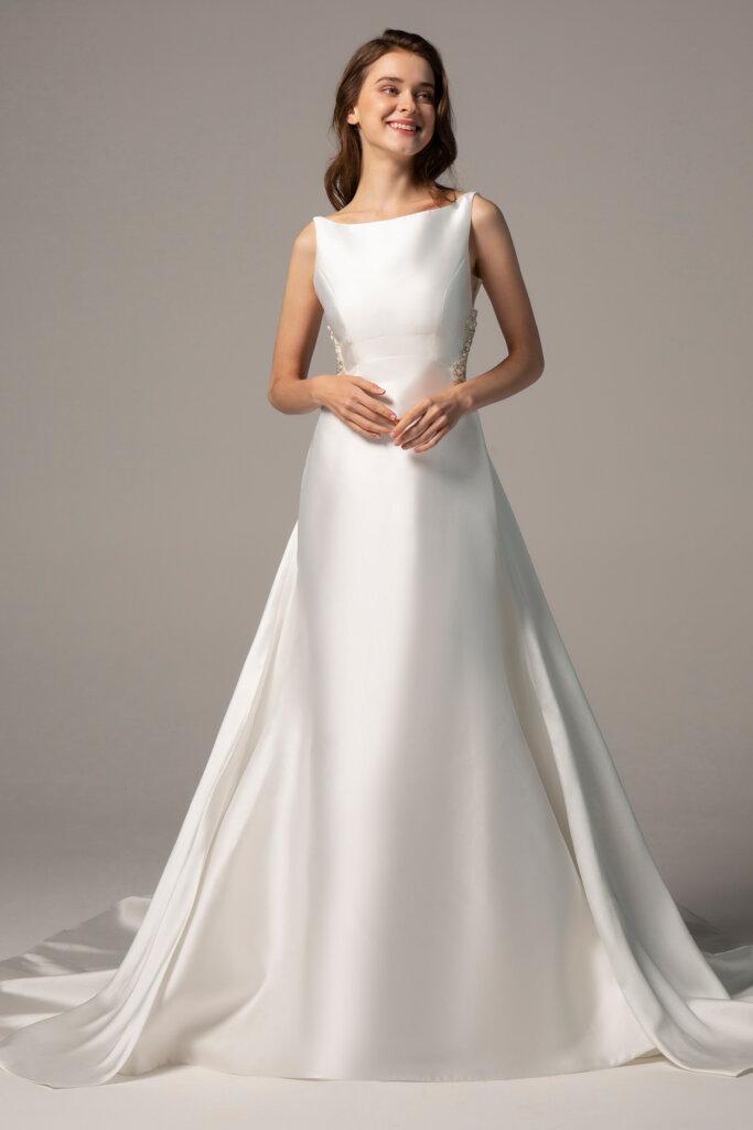 Aライン ウエディングドレス シンプル