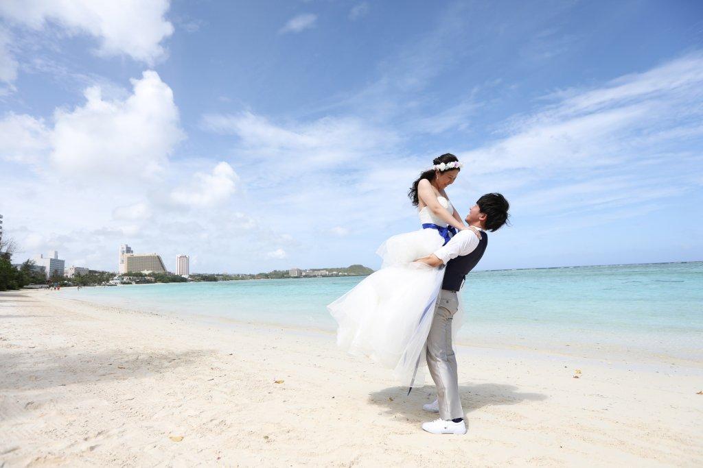 グアム 結婚式 撮影 ウェディングドレス