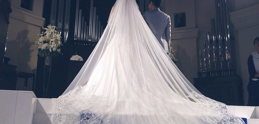 アニヴェルセル江坂 結婚式 ウェディングドレス