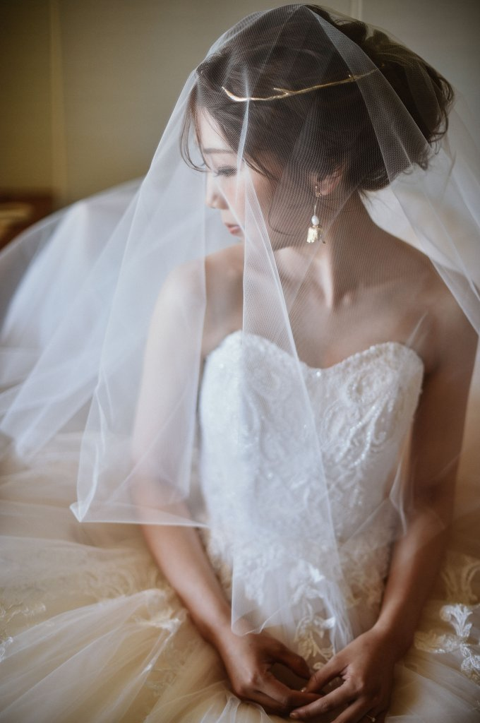 プリンセスオフショルダードレス
