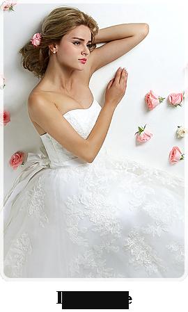インボートのウエディングドレスをお探しなら、デザイナーズコレクションlily-white