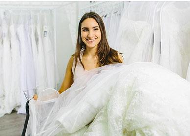 ウエディングドレスのビジネスパートナー